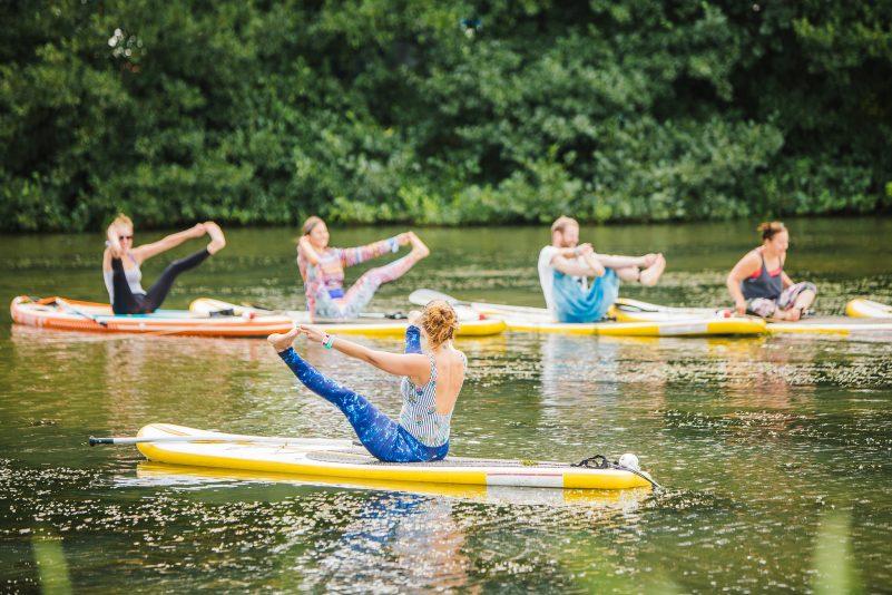 SUP Yoga Shambala 2018 © Louise Roberts